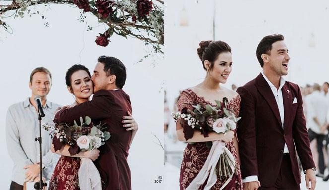 Sederhana Tapi Manis Ini 13 Momen Resepsi Pernikahan Raisa Dan Hamish Daud Di Bali Yang Romantisnya Ngalahin Film Twilight Berita Selebritis
